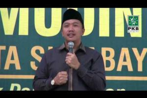 Sekjend DPP PKB, Pengurus DPP PKB dan puluhan Kiai dalam rangkaian Ziarah Wali Songo bersilaturahmi Kiai Kampung Surabaya, Jatim